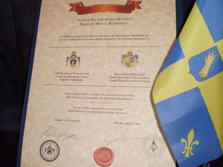 Le Traité de Reconnaissance Mutuelle entre le Royaume de Nova Francia et la Grande Principauté de Rovdino, en Russie.
