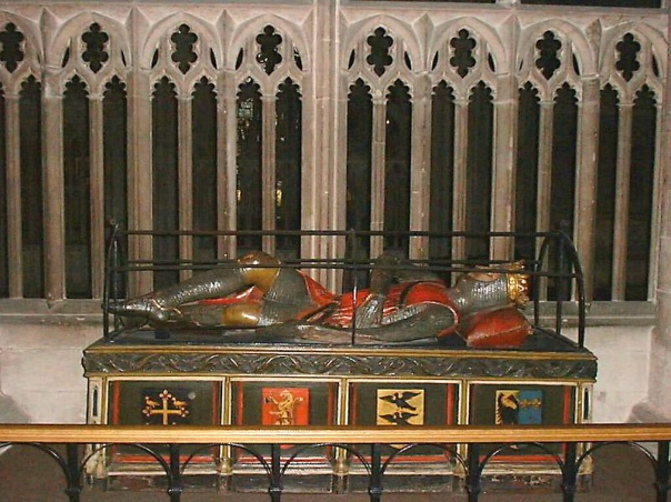 Monument à la mémoire de Robert Courteheuse dans l'église abbatiale de Saint-Pierre de Gloucester.